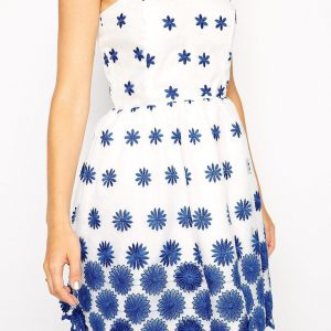 Basic knit dress chest